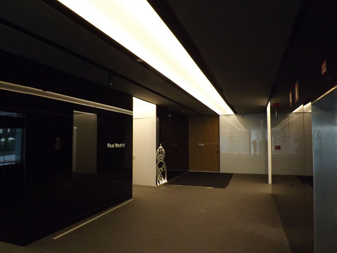 Barrisol techos tensadostransversal 6 proyectos de iluminacion consulting de iluminacion en - Iluminacion de techos ...